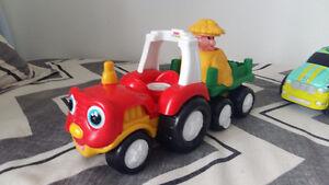 Plusieurs jouet à vendre cheval, voiture ...
