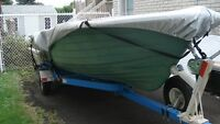 16 ' fibreglass wide hull boat