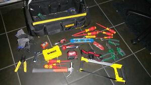 ensemble outils électricien presque neuf VALEUR 435$