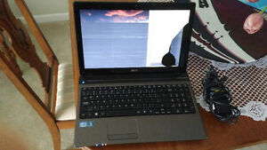 "Acer Intel Core i3 15.6"" Windows Laptop Cracked Screen"