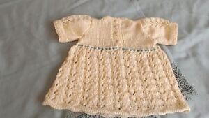 robe en coton 0-3 mois et ensemble tuque et chaussons Québec City Québec image 5