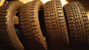4 Firestone Winterforce 215 60 16 winter tires in excellent cond Cambridge Kitchener Area image 2