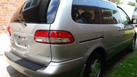 2002 Toyota Sienna Le Minivan accident free with low Killometers