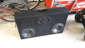 Car audio subs and amp