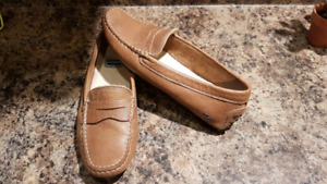Ladies Lacoste leather shoes