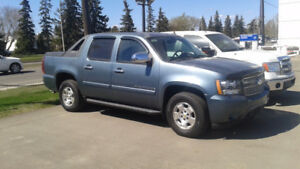 2008 Avalanche LT with low kms