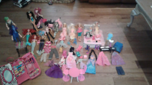 Barbie monster high dolls lot