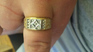 14 k five diamond ring