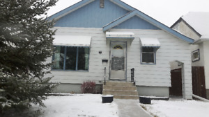 2BR House in Old St.Vital/St.Boniface area for rent