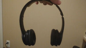 Black Beats Solo HD (missing auxiliary cable)