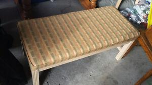 Bed Bench Belleville Belleville Area image 1