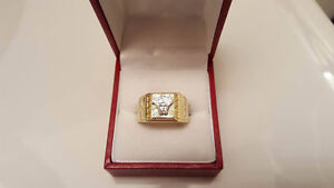 Versace gold ring 10k
