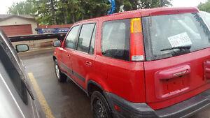 PRICED TO SELL. 2000 Honda CR-V, SUV, Crossover