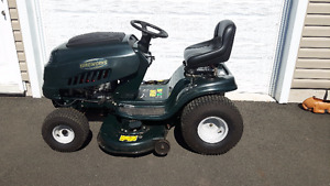 """FOR SALE: Yardworks 17.5 HP Lawn Tractor, 42"""""""
