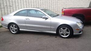 2003 Mercedes-Benz CLK-Class AMG Coupe (2 door)
