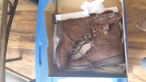 American eagle boots size 7