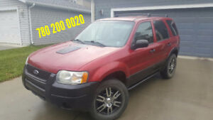 2003 Ford Escape SUV, Great on gas and reliable.. STANDARD