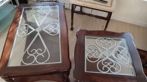 !GREAT TABLE SET - MUST SEE!              LANGLEY/SURREY