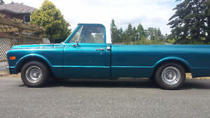 Classic 1971 GMC 2WD Pickup 383 Stroker  3spd  Auto Lowered