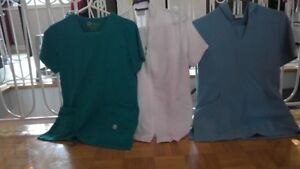 Uniformes d'infirmière couleur blanc ou bleu