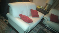 living set almost new  ( couch love seat and chair )