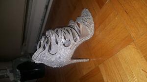 Sandale talon argent