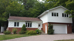 Port Carling Muskoka 3 Bedroom Split Level