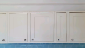 Howdens kitchen wall units. Solid wood doors. Good condition. £60