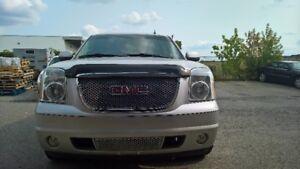 2011 GMC Yukon Denali SUV, Crossover