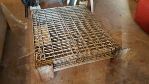 HEAVY-Duty Wire Mesh, folding pallet cage.