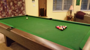National 9x5 Slate pool table with accessories