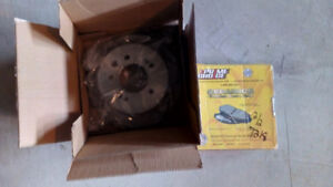 Brand New rear rotors (2) and pads, 2010 Elantra