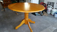 """42"""" ROUND OAK PEDESTAL TABLE...GREAT CONDITION...MAKE AN OFFER"""