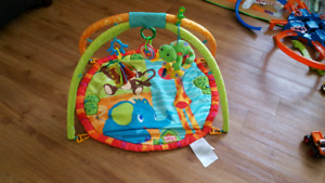 Bright started baby playmat, excellent condition!