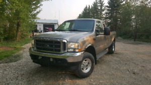 FORD F-350 SUPER DUTY LARIAT ONLY***179K KM***