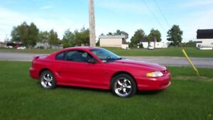 1997 Ford Mustang tout equipe Coupé (2 portes)
