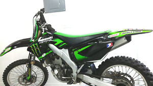 kawasaki MONSTER KXF 250 2700$ négociable
