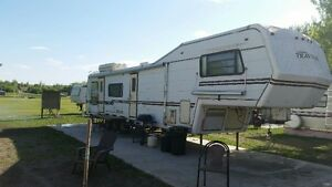 Fully furnished campers in Roche Percee WEEK/MONTHLY