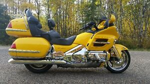 2001 1800 ABS Goldwing Rare Hot Rod Yellow