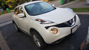 2015 Nissan Juke  SL 4Doors  5 SEATS very good for gas