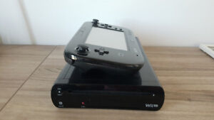 Nintendo Wii U + games and controllers *NEGO*
