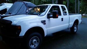 2009 Ford F-250 Super Duty 4x4 Pickup Truck