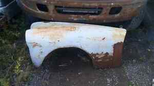 EARLY 50s CHEVROLET RAT ROD  FRONT FENDERS??