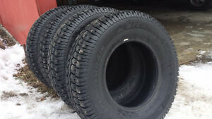Almost NEW LT235/75R15 Studded Winter Tires
