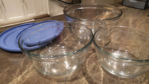 Set of Anchor glass bowls.