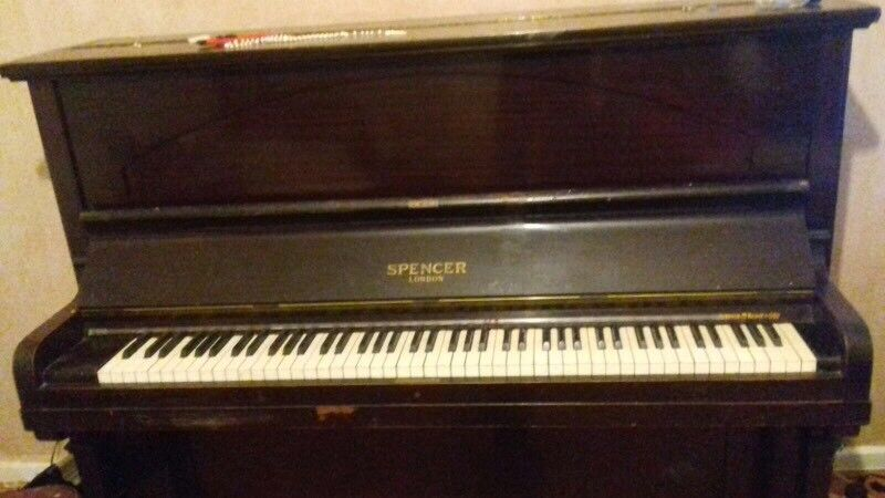 Antique piano - FREE - COLLECTION ONLY