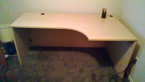 *MOVING* must sell DESK $40