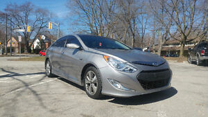 2012 Hyundai Sonata Hybrid certified/e-tested LOW KM