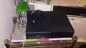 Xbox one pratiquement jamais utiliser comme neuve. Chercheechang