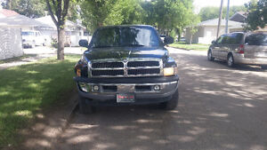 2001 Dodge Power Ram 1500 strong, reliable Truck Pickup Truck